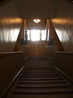 階段をのぼると.JPG